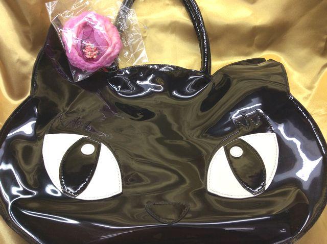 プー猫顔型のトートバッグの目開きスケルトンタイプの全体画像