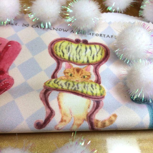 仲田愛美先生の描くリボンキャットのメガネ拭き茶トラ猫の部分のクローズアップ画像