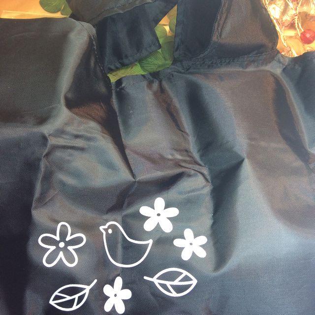 なごみ猫収納袋付き黒猫エコバッグの表全体の画像