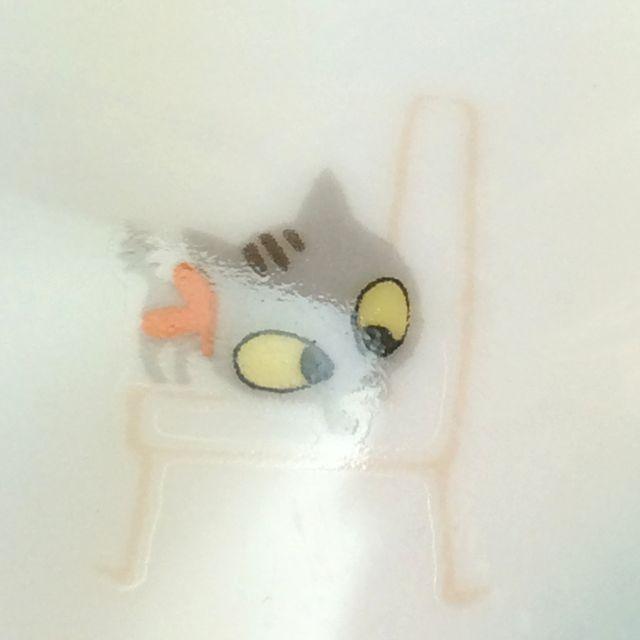 かとうしんじ先生のアニーブンキャットハート型小皿グレートラ猫のクローズアップ画像