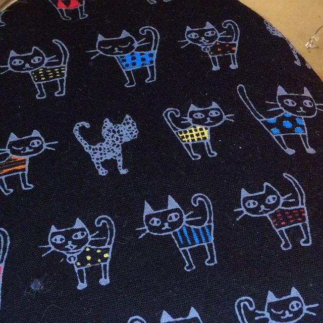 がまぐち作家ゆきむし さんのハンドメイドタバコケースの黒猫柄の画像