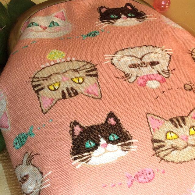 がまぐち作家ゆきむし さんのハンドメイドタバコケースのピンク猫柄の画像