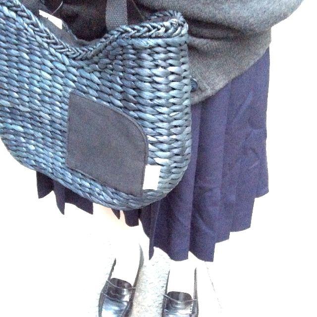 スーパープランニングのルートート猫かごバッグの背面の画像