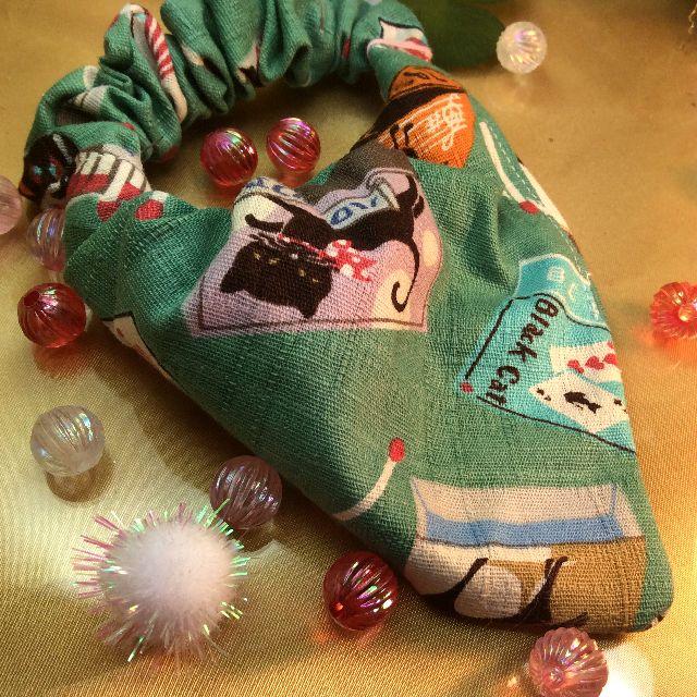 ハンドメイド猫の首輪のグリーンの全体写真