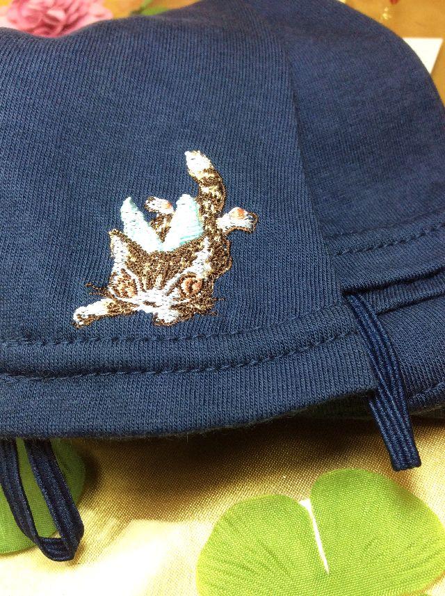 ダヤンのUV手袋フェアリーの刺週刺繍;部分のクローズアップ画像