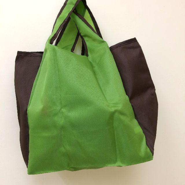 猫のダヤンのエコバッグ「クッキング」緑色の背面側の画像