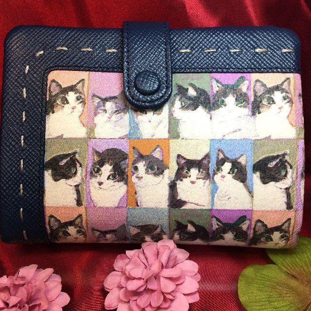 マンハッタナーズの二つ折り財布の全体画像