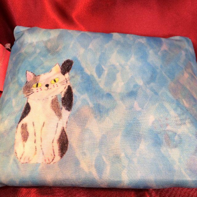 エコバッグ「ねこちゃんねこちゃん」を畳んだ背面の画像