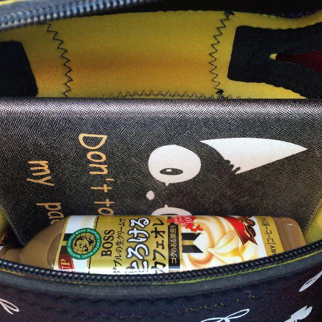 プチニャのバニティバッグの内側の画像