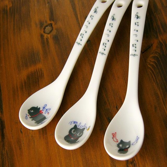 カトウシンジ黒猫ティースプーン3本のスプーンの画像