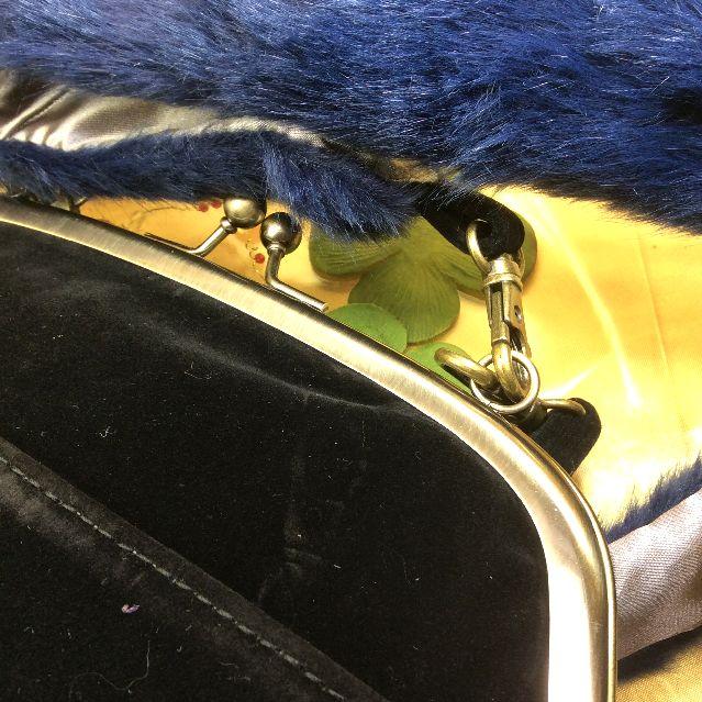 猫ガマグチ2WAYバッグのショルダー紐の画像