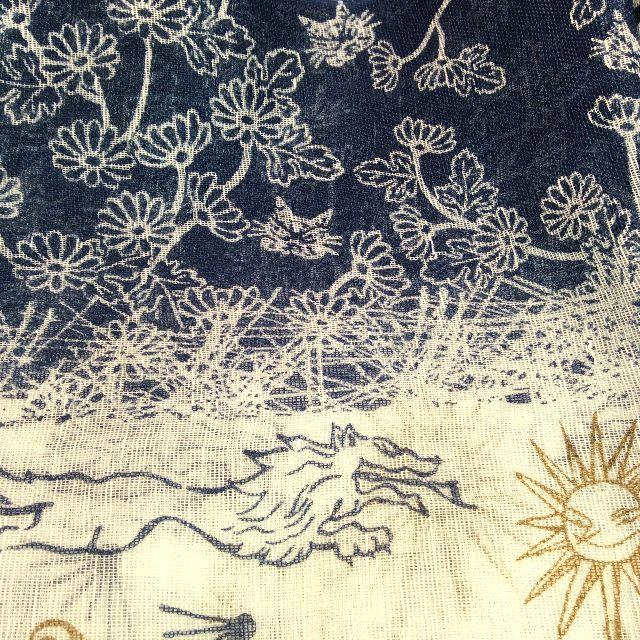 ダヤンの麻綿ストールの絵柄のクローズアップ画像