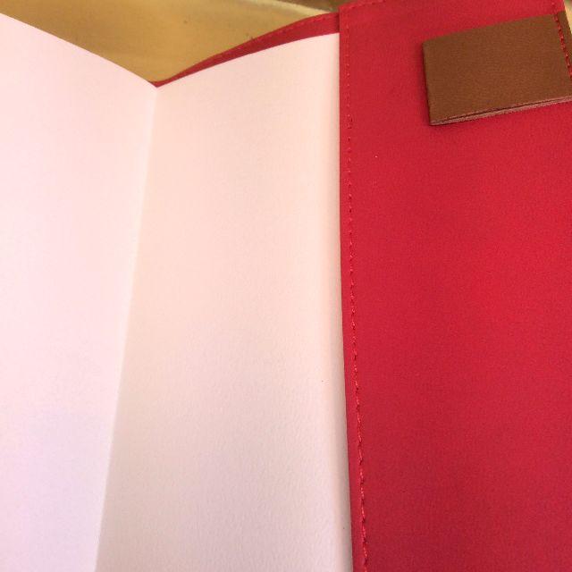 2019年スタジオジブリ魔女の宅急便黒猫ジジの手帳のペンホルダー部分の画像