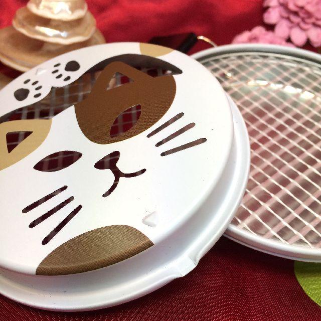 三毛猫蚊取り線香立てを開けた画像
