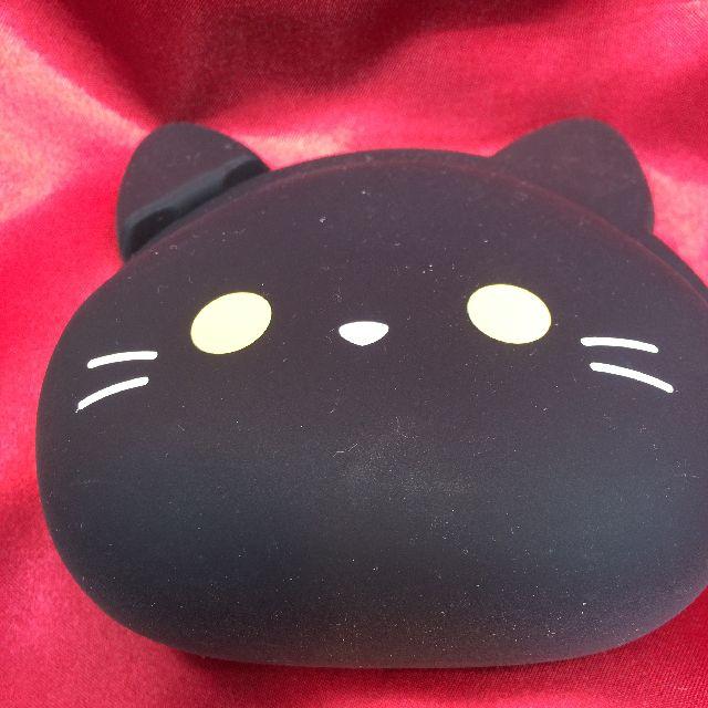 ミミポチシリコン黒猫がま口の全体画像