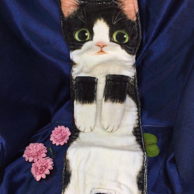 フェリシモ猫部のなが~い猫タオル「白黒ハチワレ猫」の全体画像