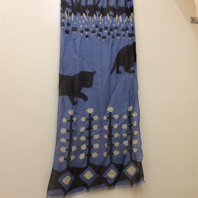 マタノアツコ黒猫麻混ストールの全体画像